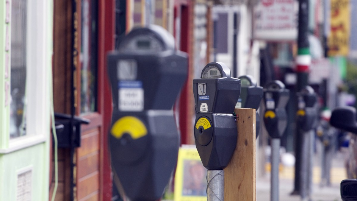 Parking Reforms Could Be the Easiest Pollution and Economic Fix